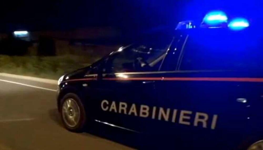 Tentata rapina, resistenza e lesioni a pubblico ufficiale, 19enne di Prato arrestata