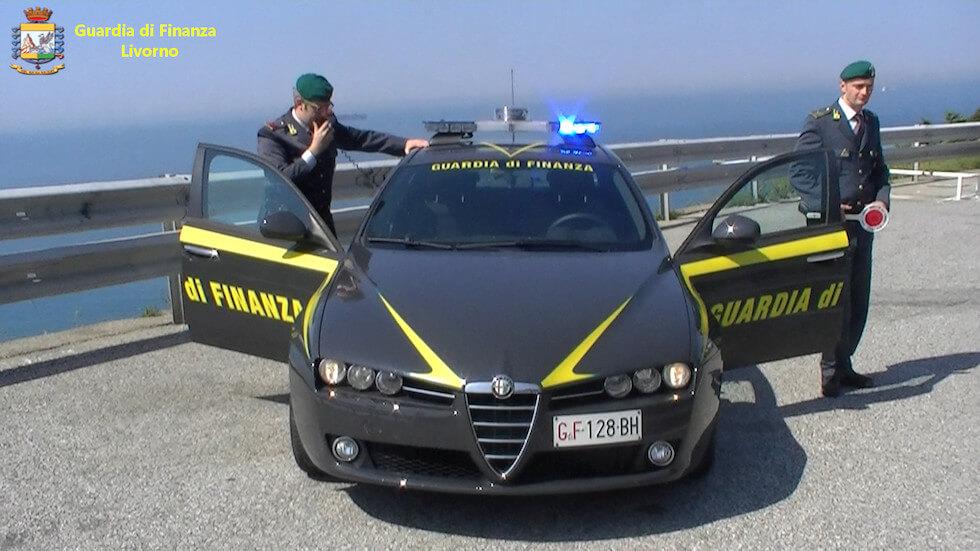Sottratti al Fisco 300mila euro: nei guai locale sulla spiaggia all'Isola d'Elba