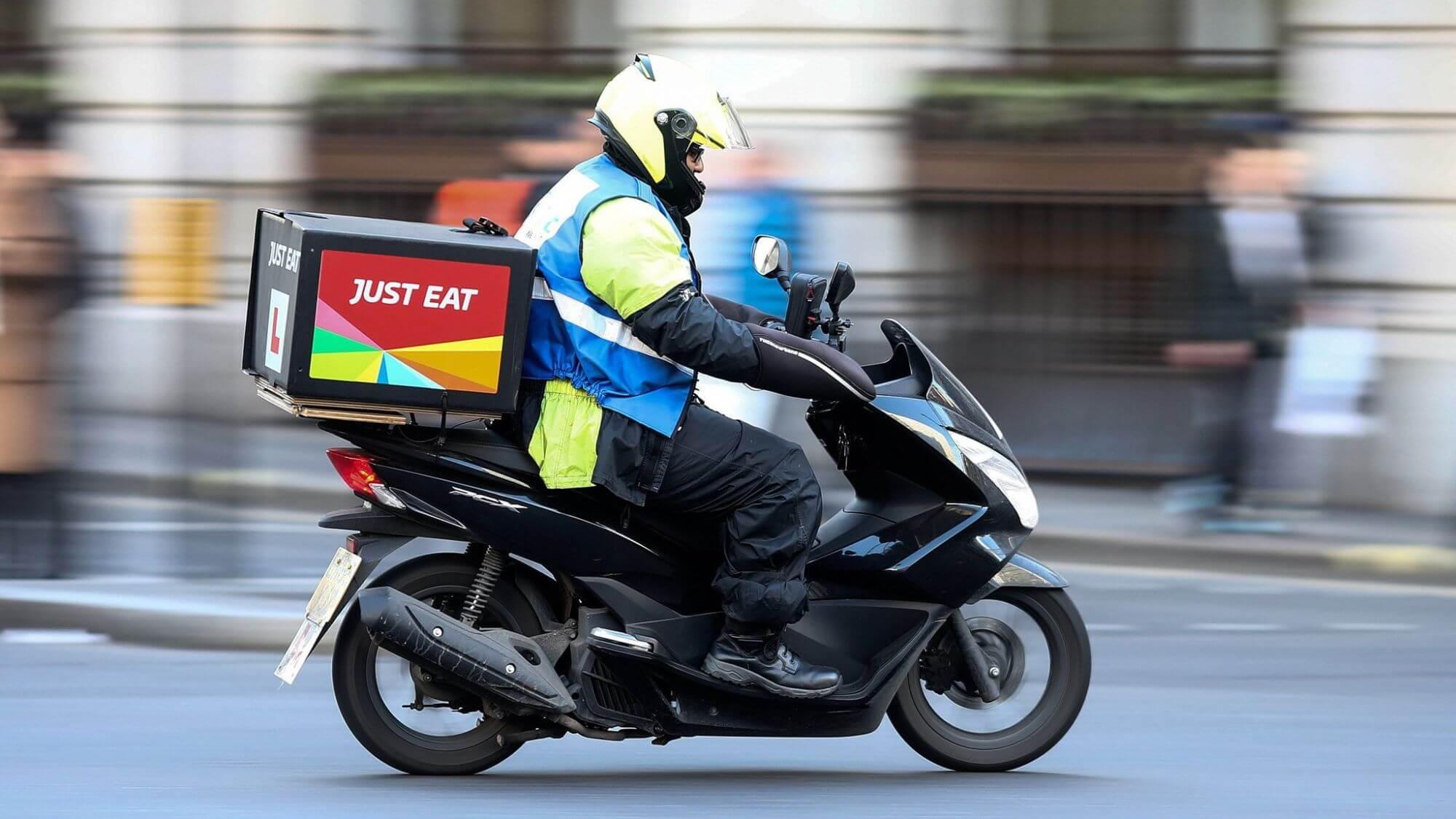 Just Eat lascia a piedi 100 riders a Firenze