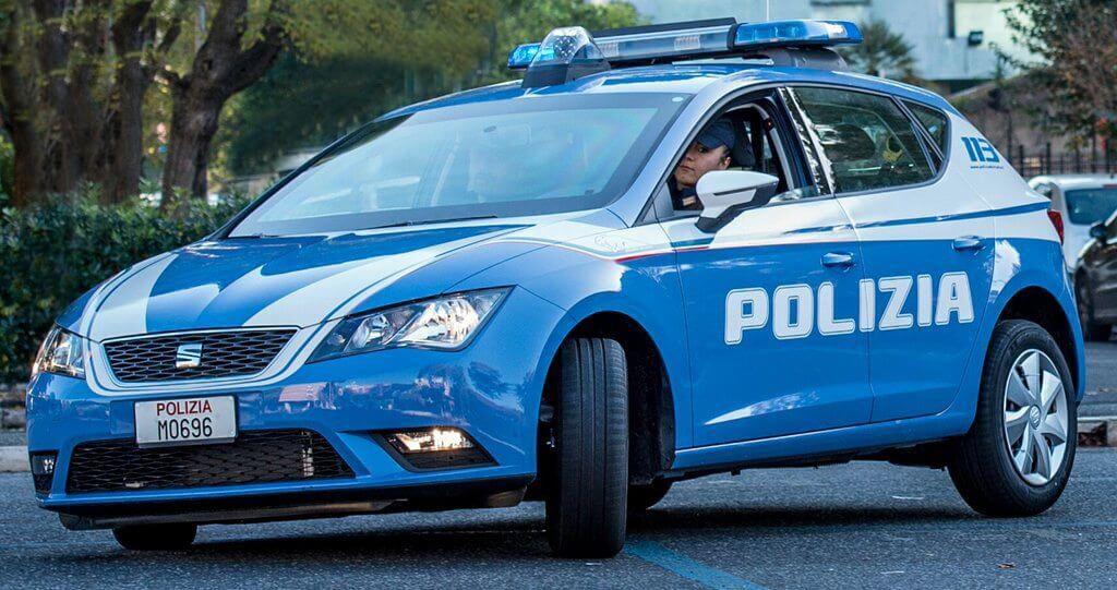 Arrestati a Pisa dalla Polizia, erano ricercati per violenza sessuale, favoreggiamento dell'immigrazione clandestina e truffa