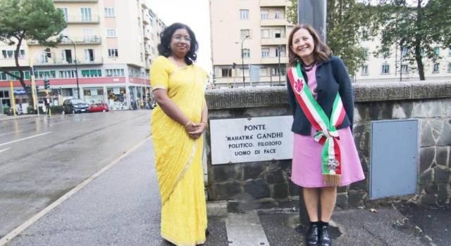 Firenze, Intitolato a Mohandas Karamchand Gandhi un ponte