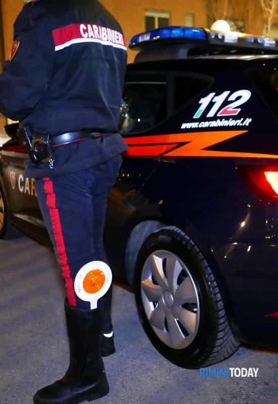 Largo Alinari. I Carabinieri  del Nucleo Radiomobile di Firenze hanno tratto in arresto un 22enne  tunisino, per rapina impropria