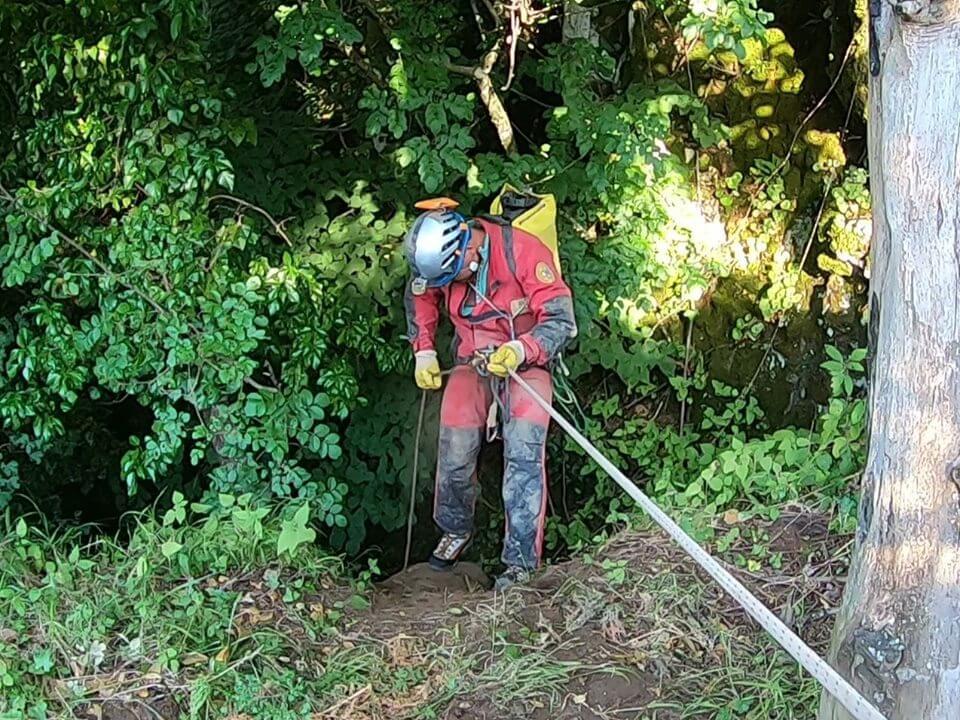 Precipita da 20 metri dal monte: ferito 62enne