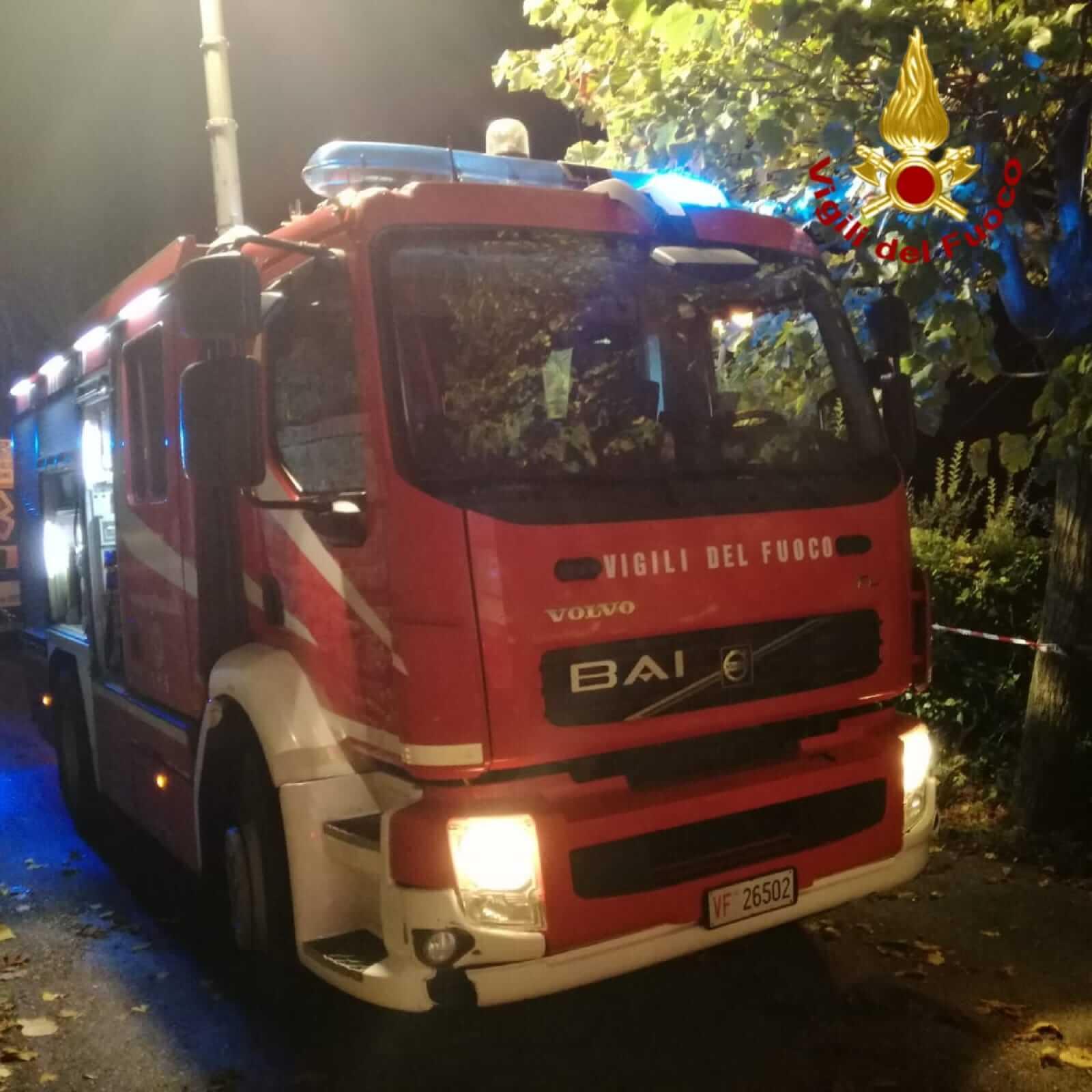 Incendio in casa a Santa Croce sull'Arno, due intossicati