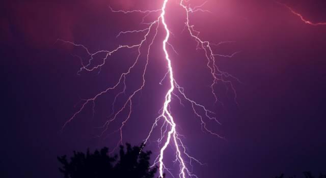 Temporali forti, allerta meteo fino a stasera