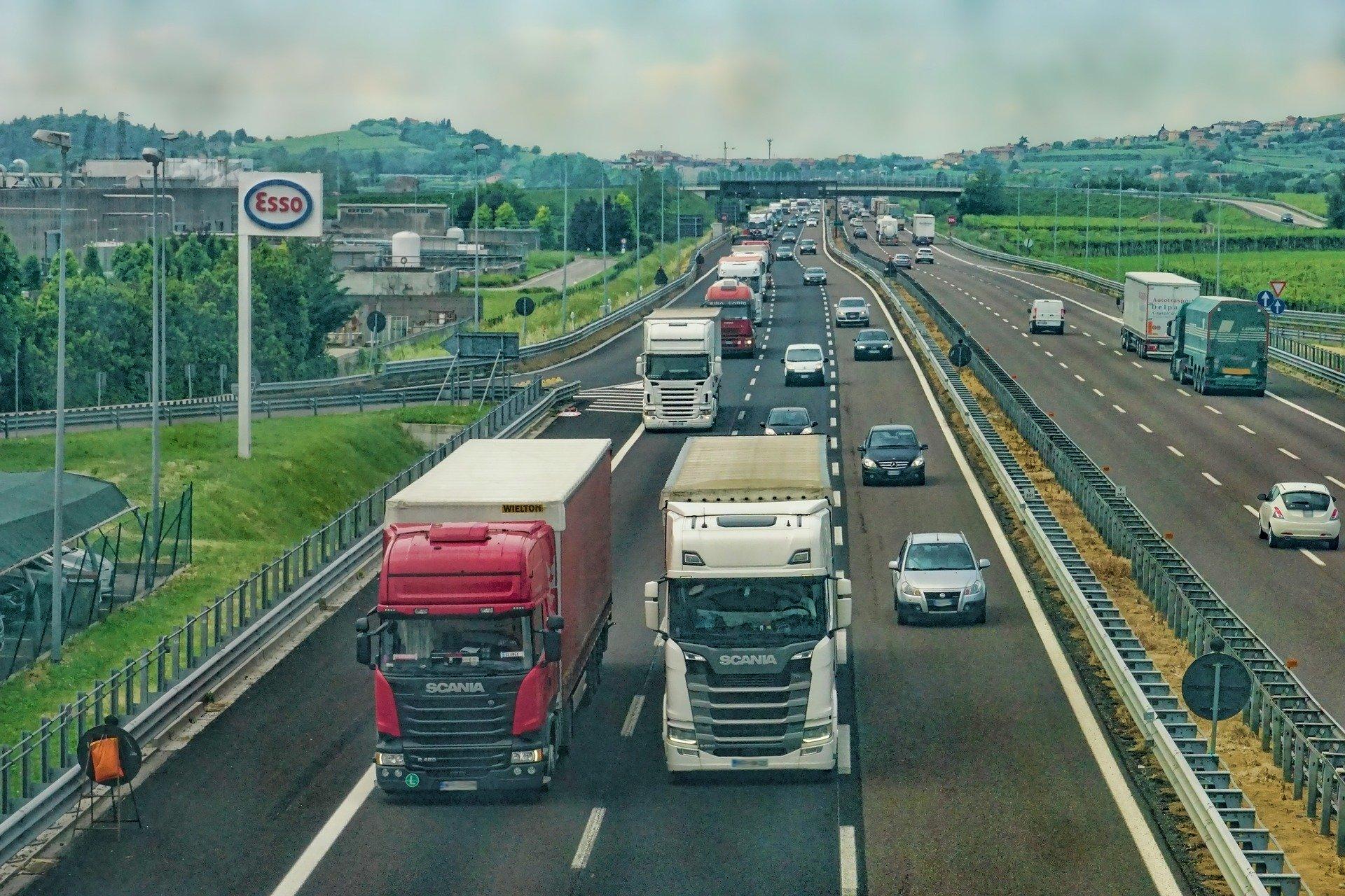 Autostrada del Sole bloccata da due manifestazioni da parte dei ristoratori