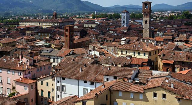 Lucca a lutto, è morto l'ex sindaco Giulio Lazzarini