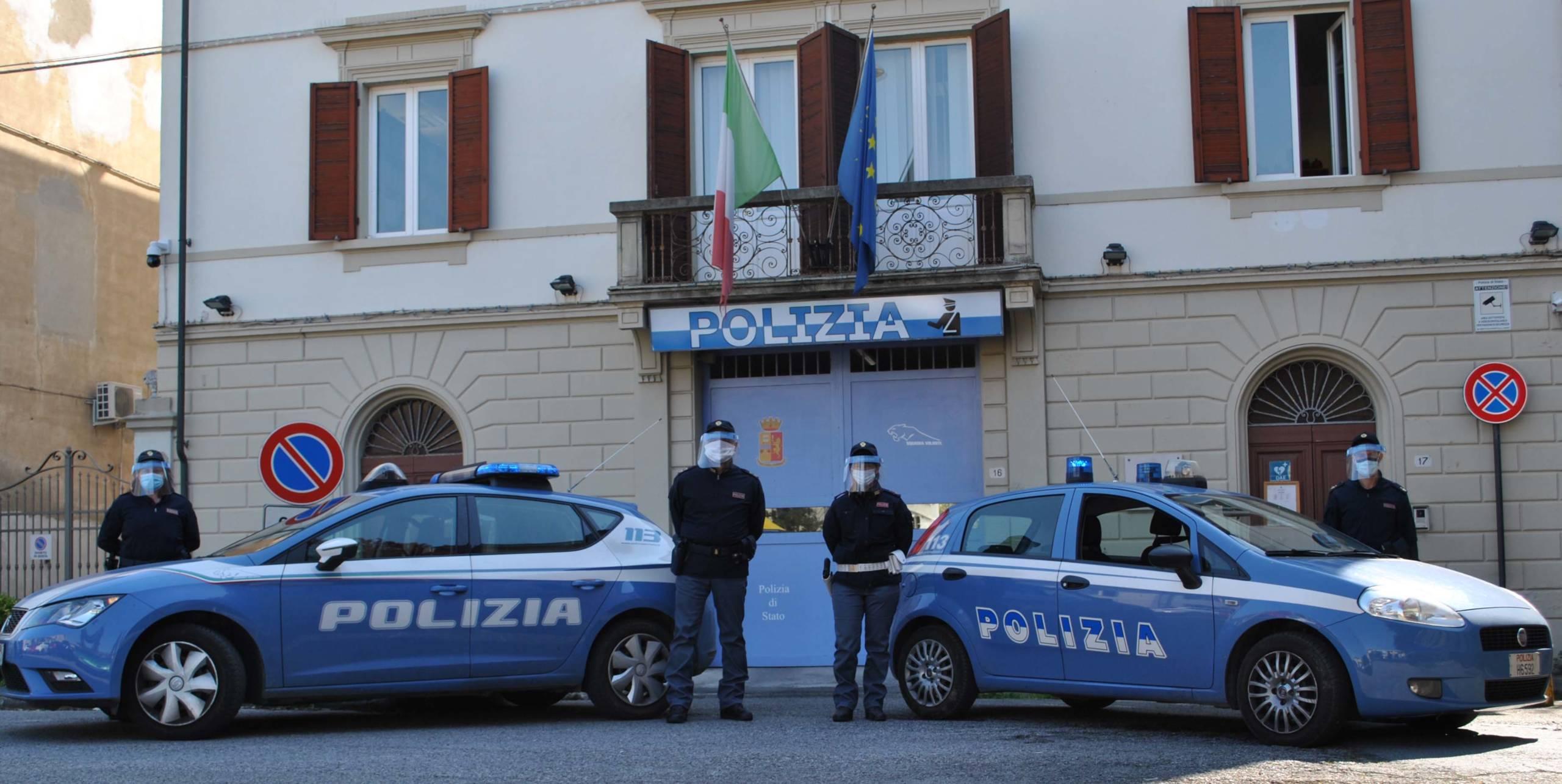 Controllo del territorio Polizia di Stato, arrestati due uomini per spaccio