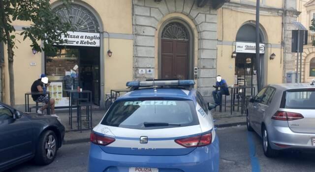 """Chiuso dal Questore di Lucca """"pizza al taglio e kebab"""" e """"A-Pollo Chicken"""""""