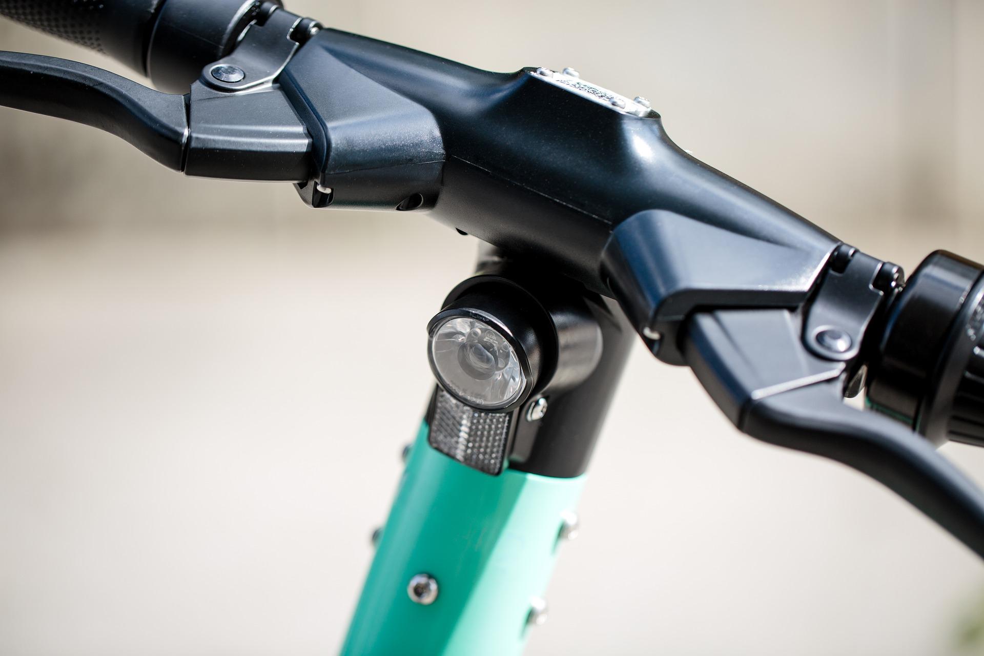 Monopattini elettrici, Giani proporrà una legge per l'uso obbligatorio del casco