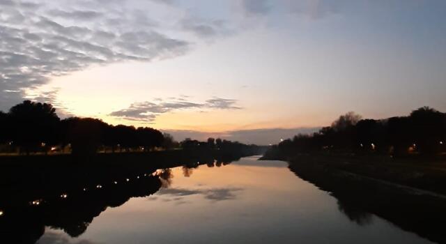Firenze, affiora un cadavere dall'Arno