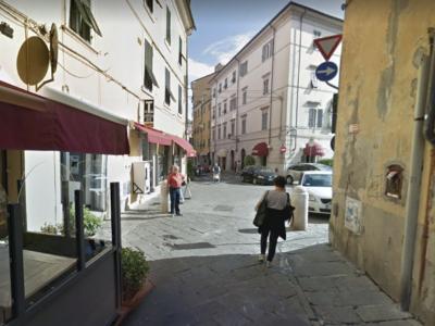 Carrara, la giunta De Pasquale perde un pezzo
