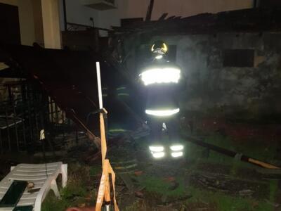Maltempo, evacuate sei famiglie a Livorno