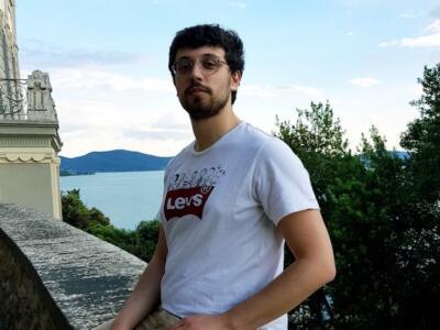 """Il neo dottore in informatica Francesco Tosoni vince il premio """"con.scienze"""" 2020"""
