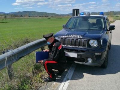 Simula il furto della sua auto. Denunciata dai carabinieri