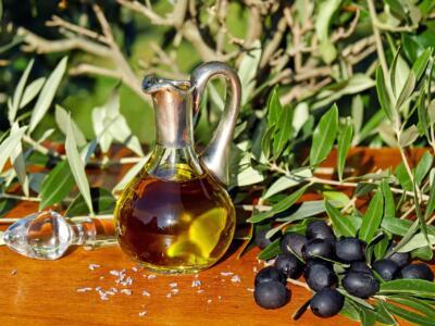 Una merenda nell'oliveta. San Casciano, Città dell'Olio, organizza tre domeniche al profumo d'olio