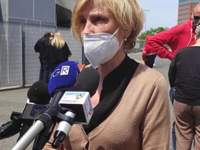 Iniettati per errore 0,30 ml di vaccino Pfizer a una donna 67enne a Livorno