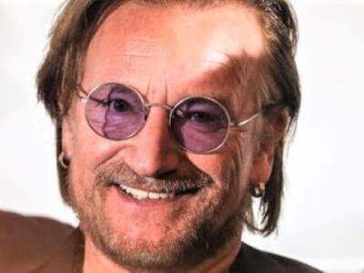 Musica, Bono Vox a passeggio all'Isola d'Elba: applausi della gente
