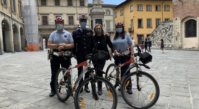 Al via i pattugliamenti della Polizia Municipale in bici e in monopattino