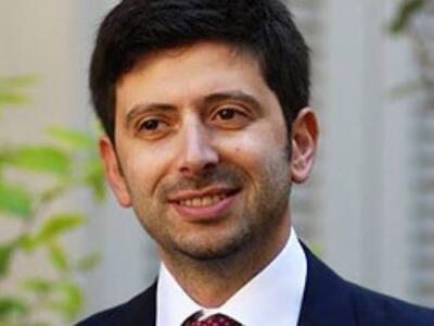 """Covid, Ministro Speranza a Prato e Firenze: """"Soddisfatto del lavoro svolto dalla Toscana"""""""