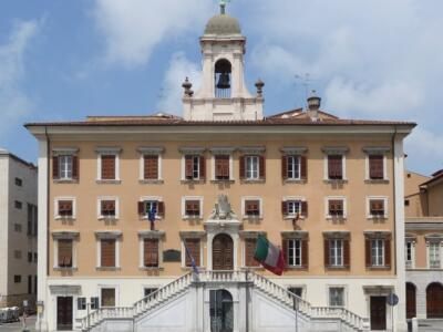 Comune Livorno: intenzione di assumere 13 assistenti sociali nel 2021 e un tecnico