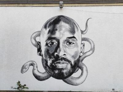Pistoia rende omaggio a Kobe Bryant: domani l'inaugurazione del murale sulla facciata della palestra Masotti