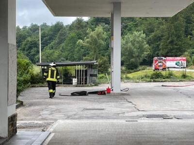 Fuoriuscita gpl da distributore, traffico interdetto dai Vigili del fuoco