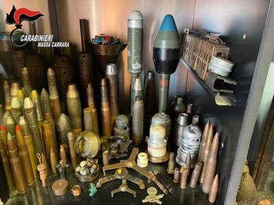 Arrestato collezionista illegale di residui bellici, teneva l'arsenale in casa e nell'orto