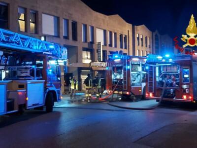 Prato: incendio al ristorante