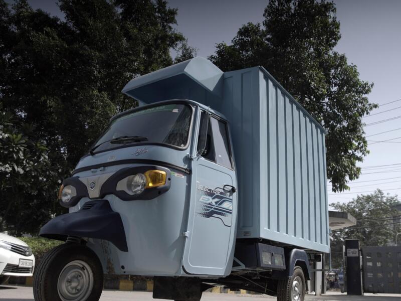 bp e il Gruppo Piaggio per rivoluzionare la mobilità elettrica a due e tre ruote