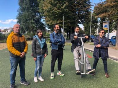 Prato, una nuova area giochi per bambini e uno spazio fitness all'aria aperta in via Firenze