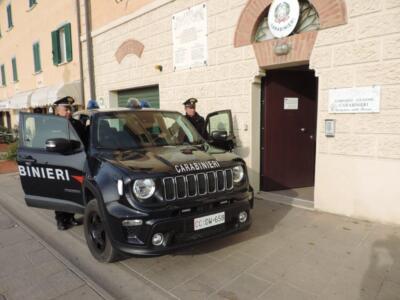 Rissa in strada a Castiglione della Pescaia in estate, cinque i denunciati