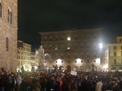 Firenze: sotto Palazzo Vecchio per dire no al greenpass